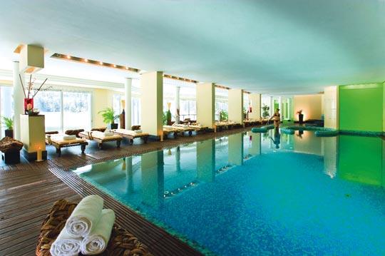 das arabellasheraton alpenhotel am spitzingsee bergwellness pur schwimmbad zu. Black Bedroom Furniture Sets. Home Design Ideas