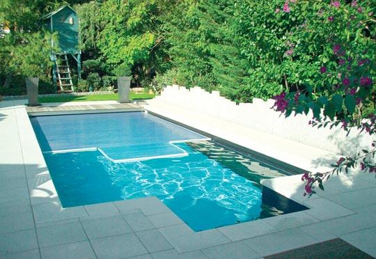 rollladenabdeckungen f rs schwimmbad schwimmbad zu. Black Bedroom Furniture Sets. Home Design Ideas