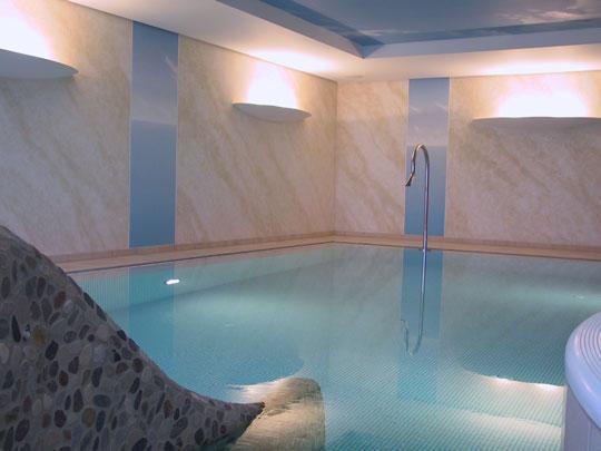 renovierung eines privaten hallenbades vorher nachher schwimmbad zu. Black Bedroom Furniture Sets. Home Design Ideas