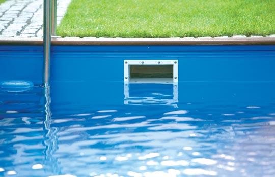 Picknick am schwimmbad schwimmbad zu for Einbaupool stahlwandbecken