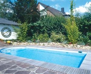 Vorgefertigt und schnell installiert: PVC-Schwimmbecken