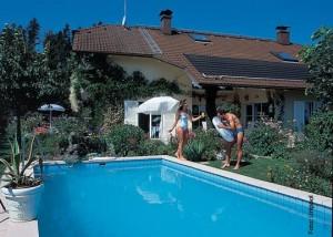 Sparen am Schwimmbad