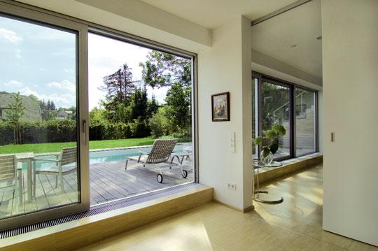 wiener moderne schwimmbad zu. Black Bedroom Furniture Sets. Home Design Ideas