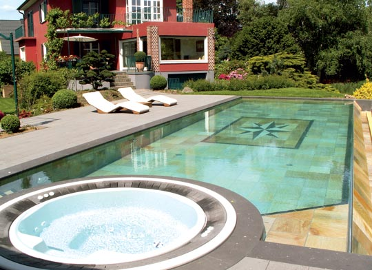 offen f r den garten schwimmbad zu. Black Bedroom Furniture Sets. Home Design Ideas
