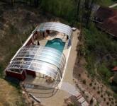 Hier werden die großen Ausmaße der Schwimmbad Anlage deutlich