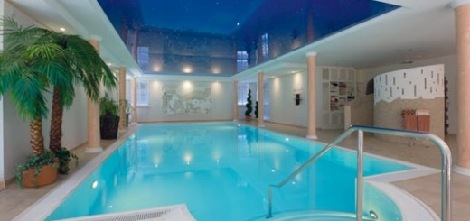 5 methoden wie sie ihr schwimmbad wasser mit chlor im griff haben schwimmbad zu. Black Bedroom Furniture Sets. Home Design Ideas
