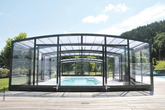 erstglasig die 10 besten berdachungen f rs schwimmbad. Black Bedroom Furniture Sets. Home Design Ideas