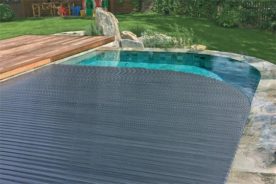 stilistisch wertvoll schwimmbad zu. Black Bedroom Furniture Sets. Home Design Ideas
