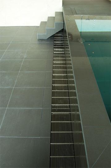 Fließende Übergänge | Schwimmbad-zu-Hause.de