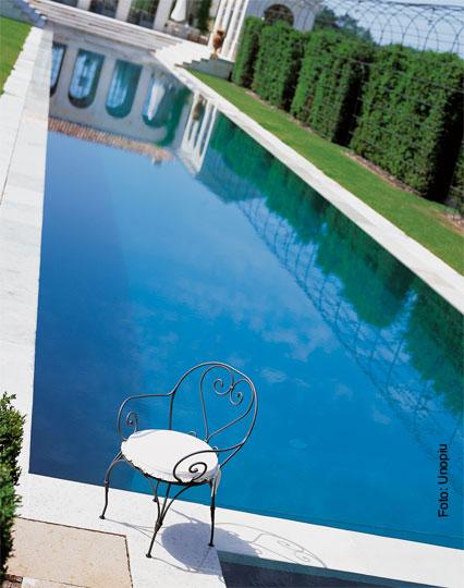 schwimmbad a z schwimmbad zu. Black Bedroom Furniture Sets. Home Design Ideas