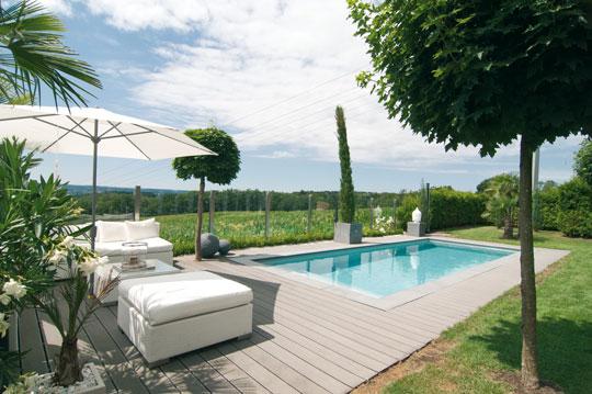 zu hause im urlaub schwimmbad zu. Black Bedroom Furniture Sets. Home Design Ideas