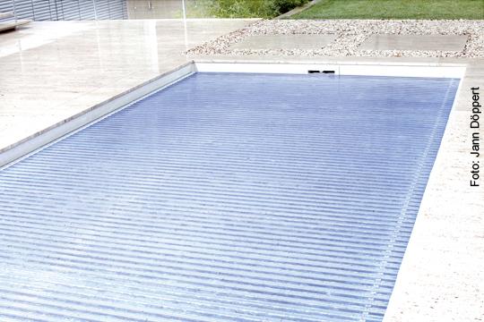 Gartenmobel Sofa Holz : Schwimmbad mit Perspektive  SchwimmbadzuHausede