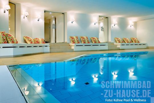die schwimmbad bautrends schwimmbad zu. Black Bedroom Furniture Sets. Home Design Ideas