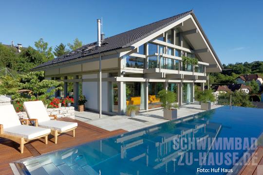 Traumhaus in deutschland mit pool  Einmal Fertighaus mit Schwimmbad bitte.