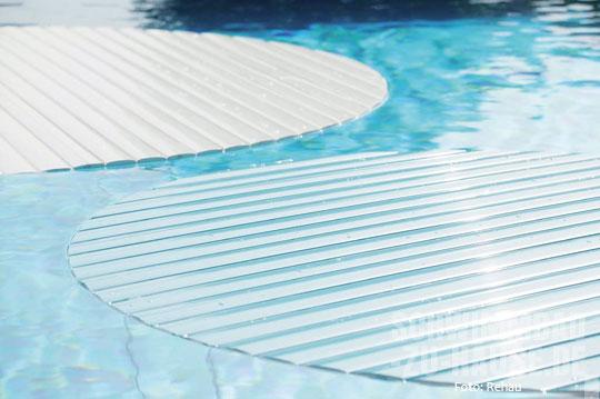 Covrex_2-Rehau-Schwimmbad