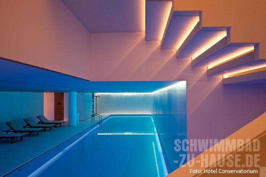 amsterdams neues wellnesszentrum schwimmbad zu. Black Bedroom Furniture Sets. Home Design Ideas
