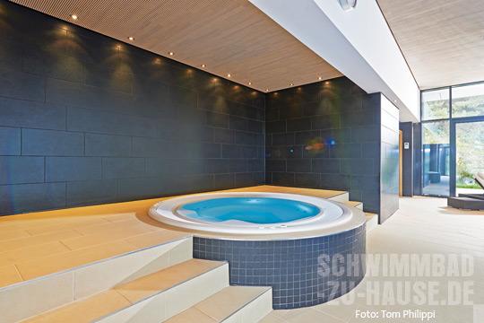 Wohnzimmer Am Pool SchwimmbadzuHausede - Whirlpool im wohnzimmer