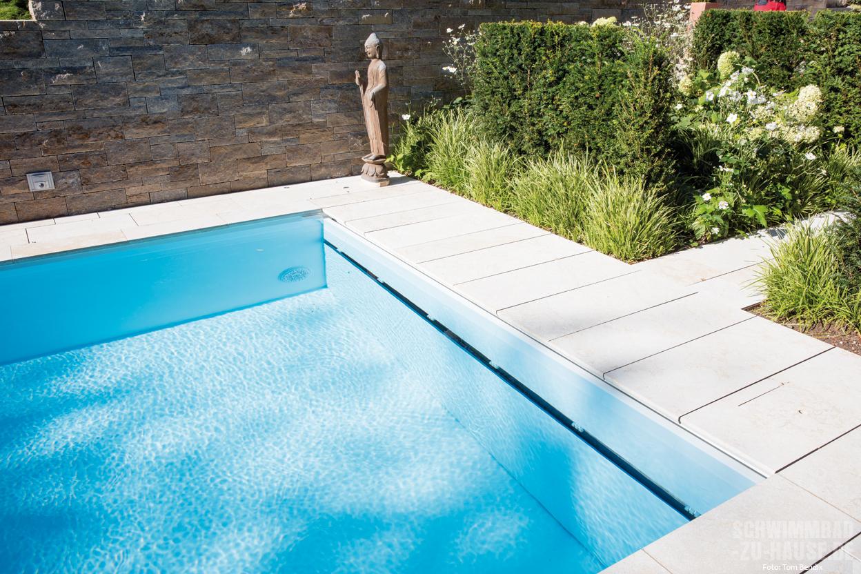 pool mit heimvorteil schwimmbad zu. Black Bedroom Furniture Sets. Home Design Ideas