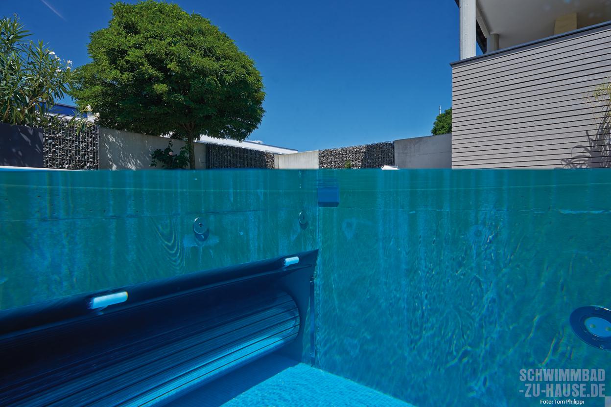 Fitnessger Te F R Zuhause beton te kontraste schwimmbad zu hause de