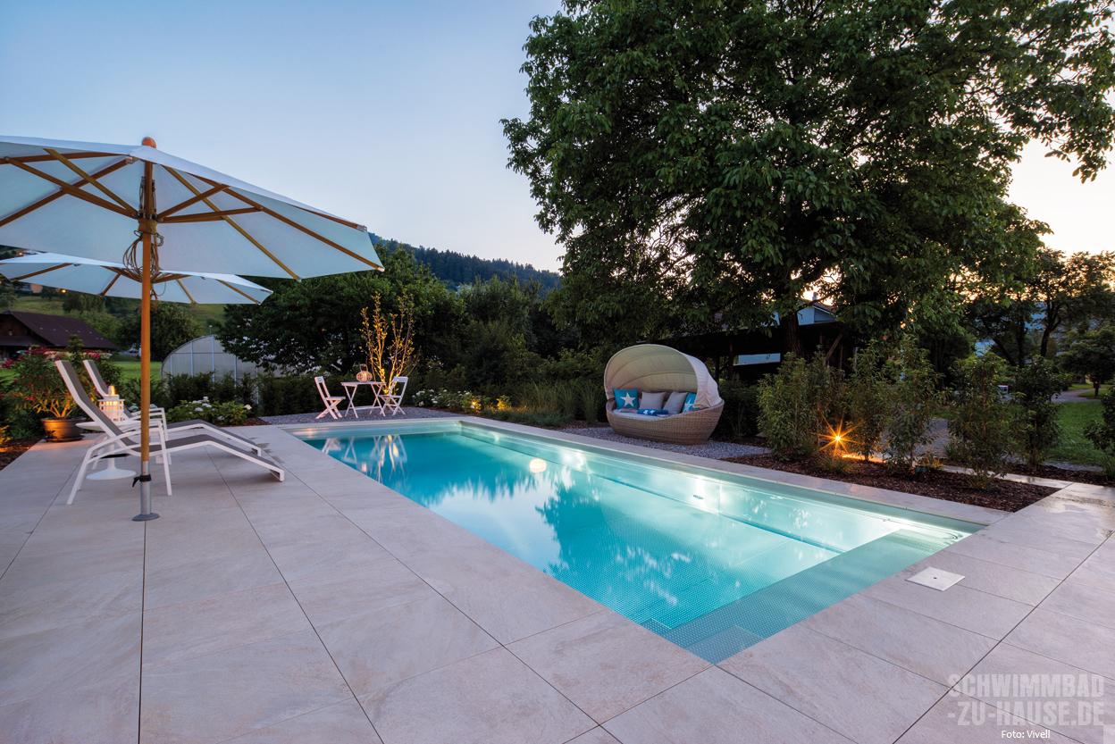 Familiengl ck schwimmbad zu for Garten pool wasserpflege