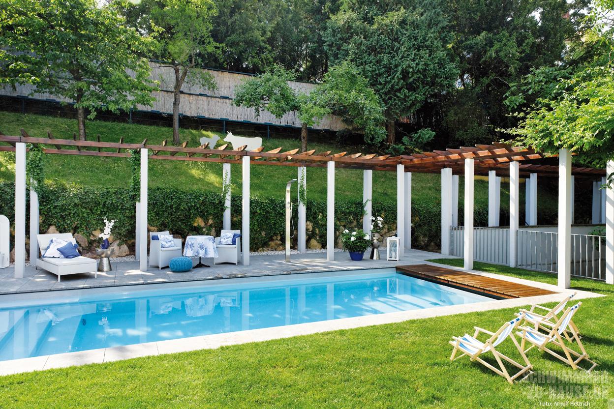 horizontale trifft vertikale schwimmbad zu. Black Bedroom Furniture Sets. Home Design Ideas