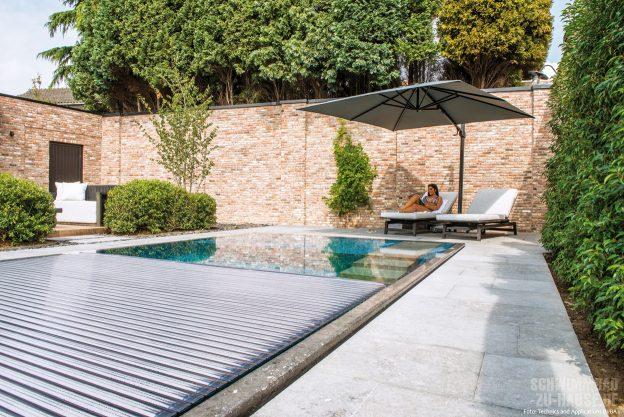 Pools-mögen-Cover_Rollladenabdeckungen-schützen-nicht-nur-Ihren-Geldbeutel,-sondern-auch-die-Umwelt