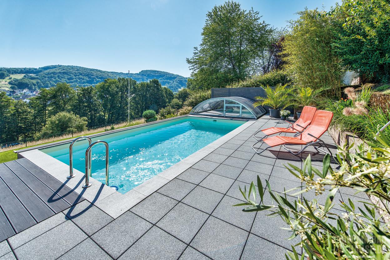 Garten als wohnzimmer schwimmbad zu for Garten pool chlortabletten