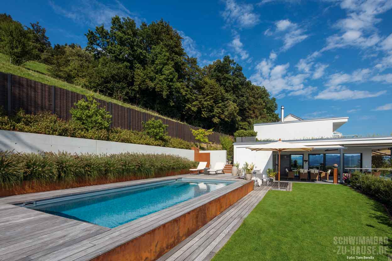 Hillside pool schwimmbad zu for Fertigbecken pool