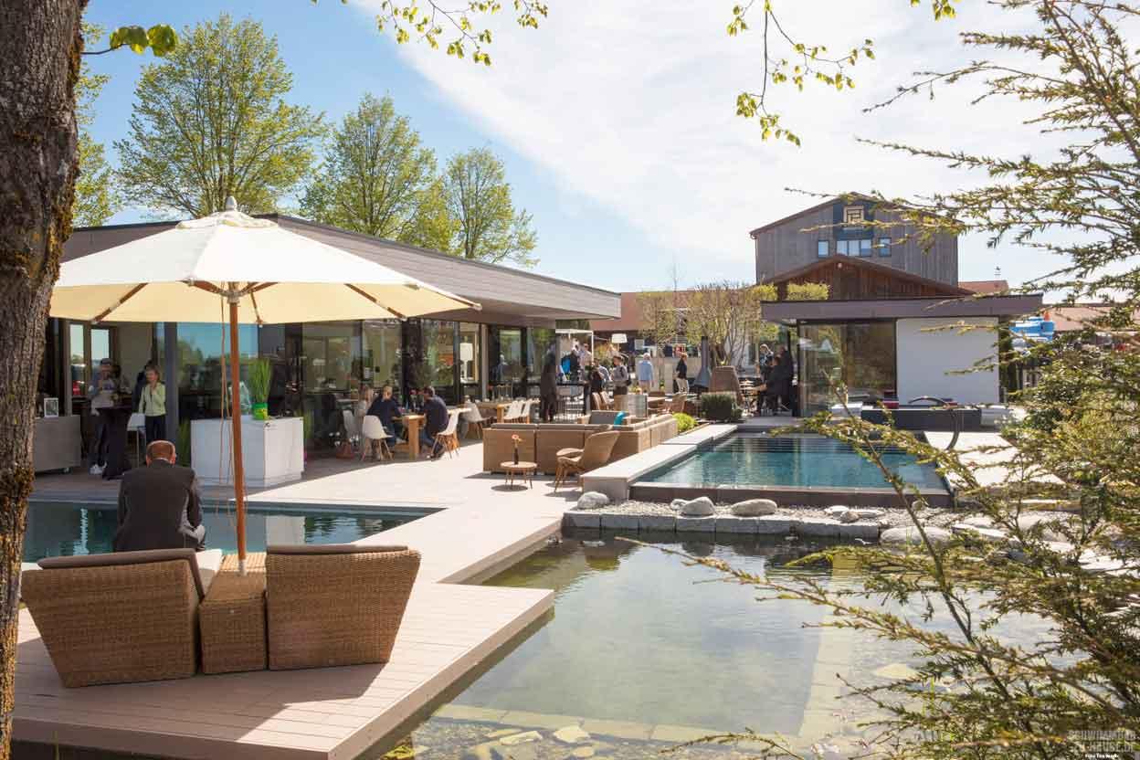 ausstellung in taufkirchen schwimmbad zu. Black Bedroom Furniture Sets. Home Design Ideas