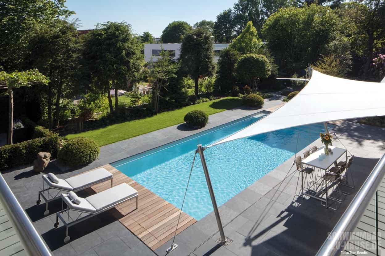 sommurlaub zu hause am eigenen pool schwimmbad zu. Black Bedroom Furniture Sets. Home Design Ideas