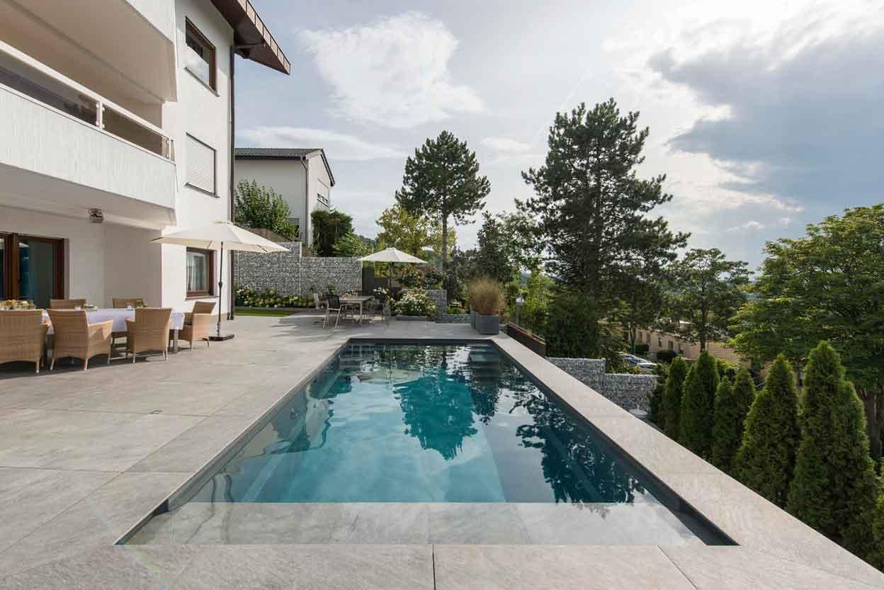 compass pools deutschland schwimmbad zu. Black Bedroom Furniture Sets. Home Design Ideas