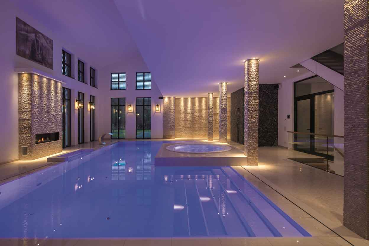 ssf pools triumph beim eusa schwimmbad zu. Black Bedroom Furniture Sets. Home Design Ideas