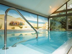 Pool-Highlight in historischer Mühle