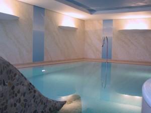 Renovierung eines privaten Hallenbades – Vorher/Nachher