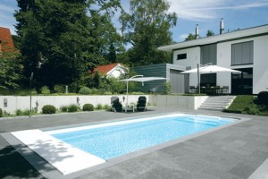 Familienmitglied Pool
