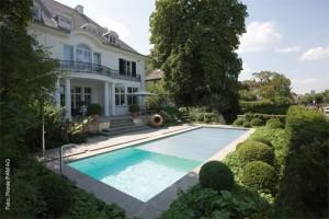 Warm baden, Geld sparen beim Schwimmbad