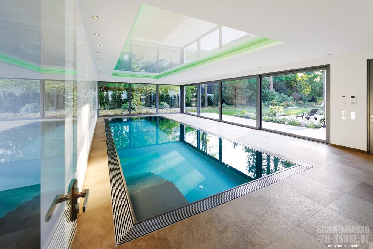 Puristischer Pool | Schwimmbad-zu-Hause.de