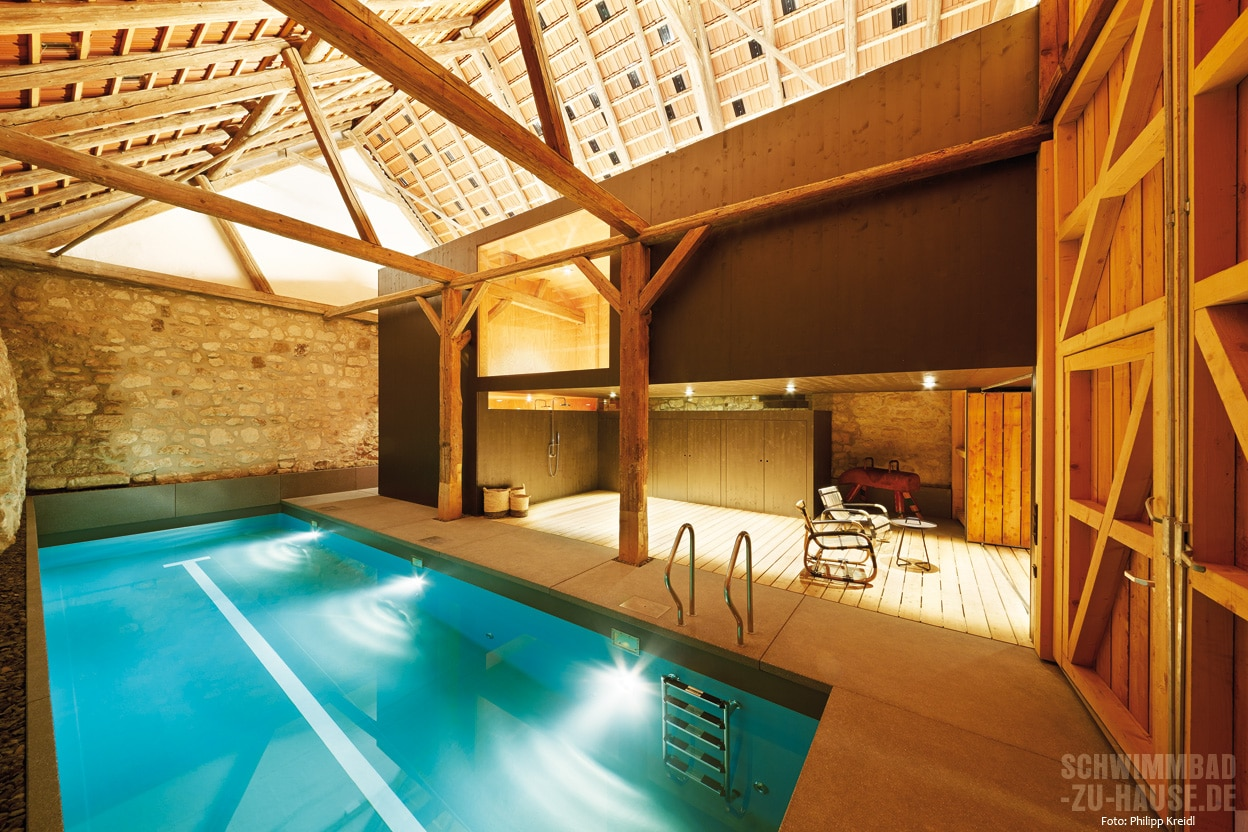 Pool in Scheune | Schwimmbad-zu-Hause.de